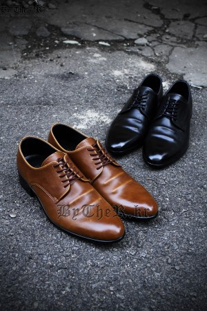Casual Tan Derby Shoes