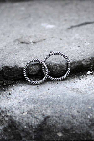 ByTheR Twist Pattern Silver Ring