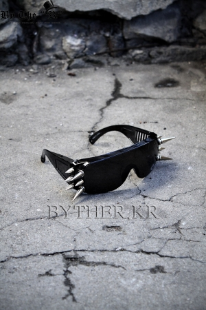 ByTheR Spike Custom Side Stud Sunglass