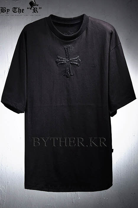 ByTheR Cross Sweatshirt