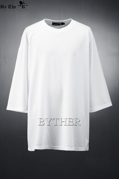 ByTheR Over Fit Embossing T-shirts