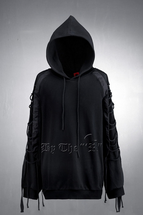 ByTheR String Details Sleeve Hooded T-Shirt
