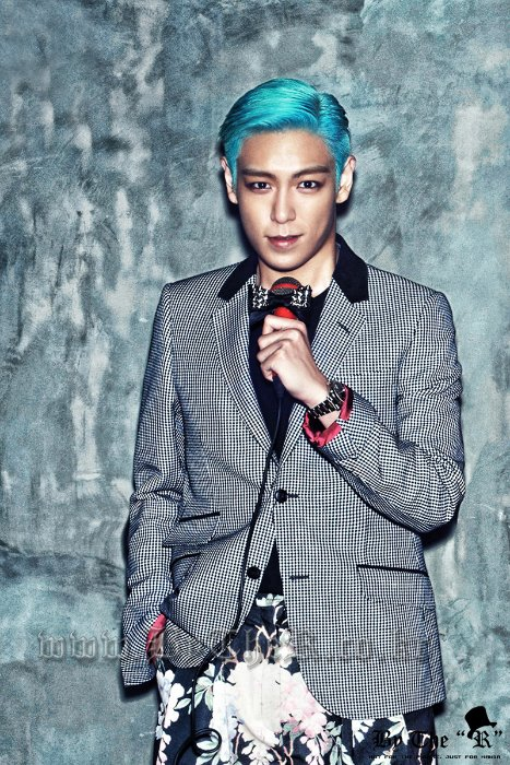 CELEBRITY (BIG BANG-VOGUE)