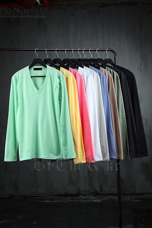 Basic Casual Style Single V-Neck Long Sleeve T-Shirt