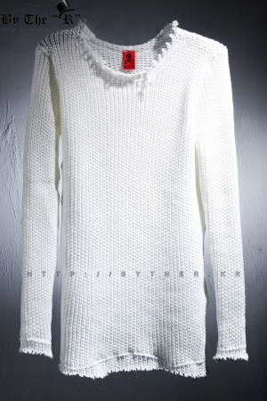 ByTheR Cutting Damage White Knit Top