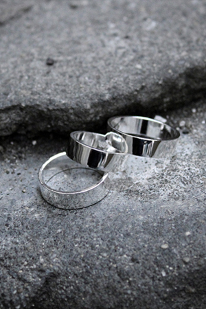 ByTheR Modern Line Silver Ring