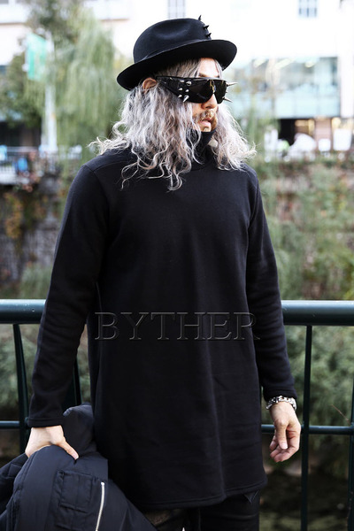 Long Napped Turtleneck T-Shirt