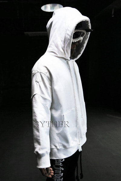 ByTheR Shoulder Cross Hoodie