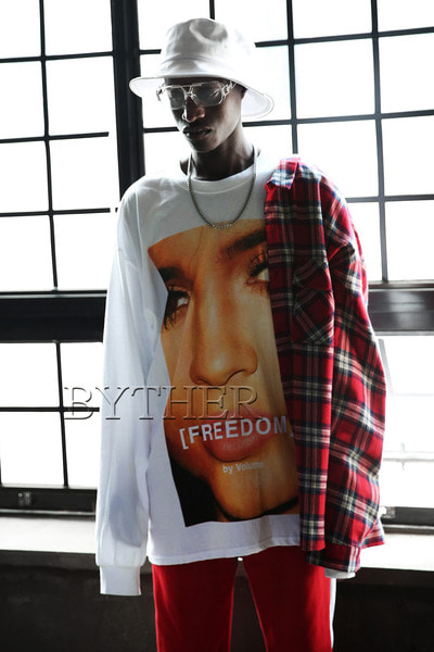 Over-size Freedom T-shirt