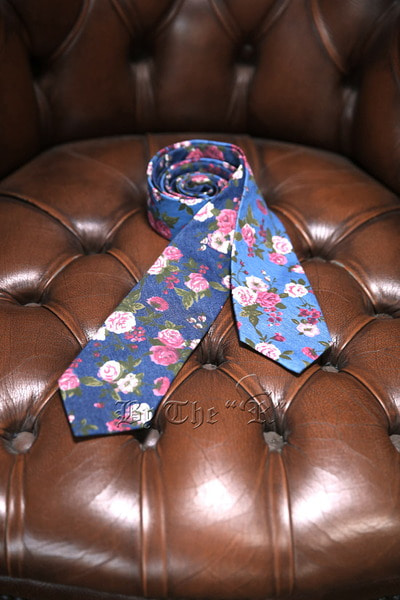 Rose Floral Denim Tie