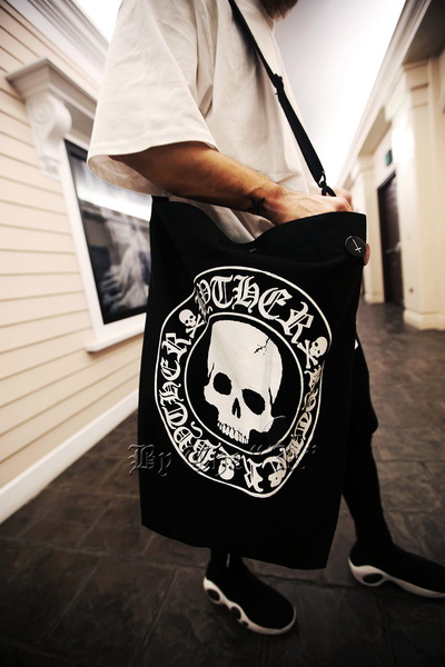 ByTheR Skull Logo Oversized Shoulder bag