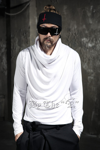 ByTheR Shirring Loose Long Sleeve Turtleneck T-Shirt