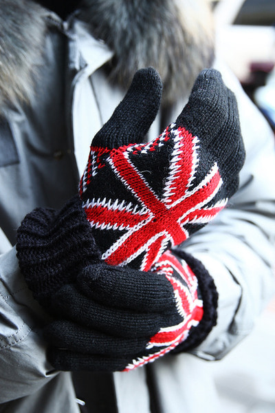 Smart Phone Touch Union Jack Knit Gloves