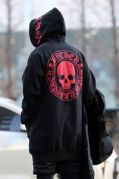 ByTheR Red Skull Logo Long Hoodie Zipper