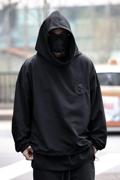 ByTheR Skull Logo Patch Windwear Hoodie T-shirt