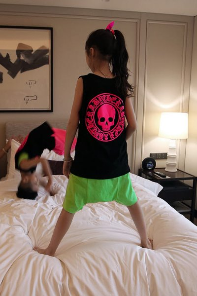 ByTheR Kids Skull Logo Embossing Pink Tank Top
