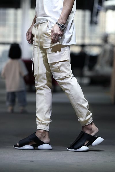 Cargo Waist Banding Solid Jogger Pants