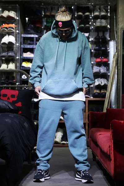 Pigment Raised Straight Pants