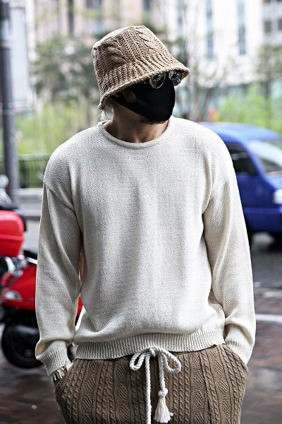Loose Fit Cooling Round Neck Knit Tee